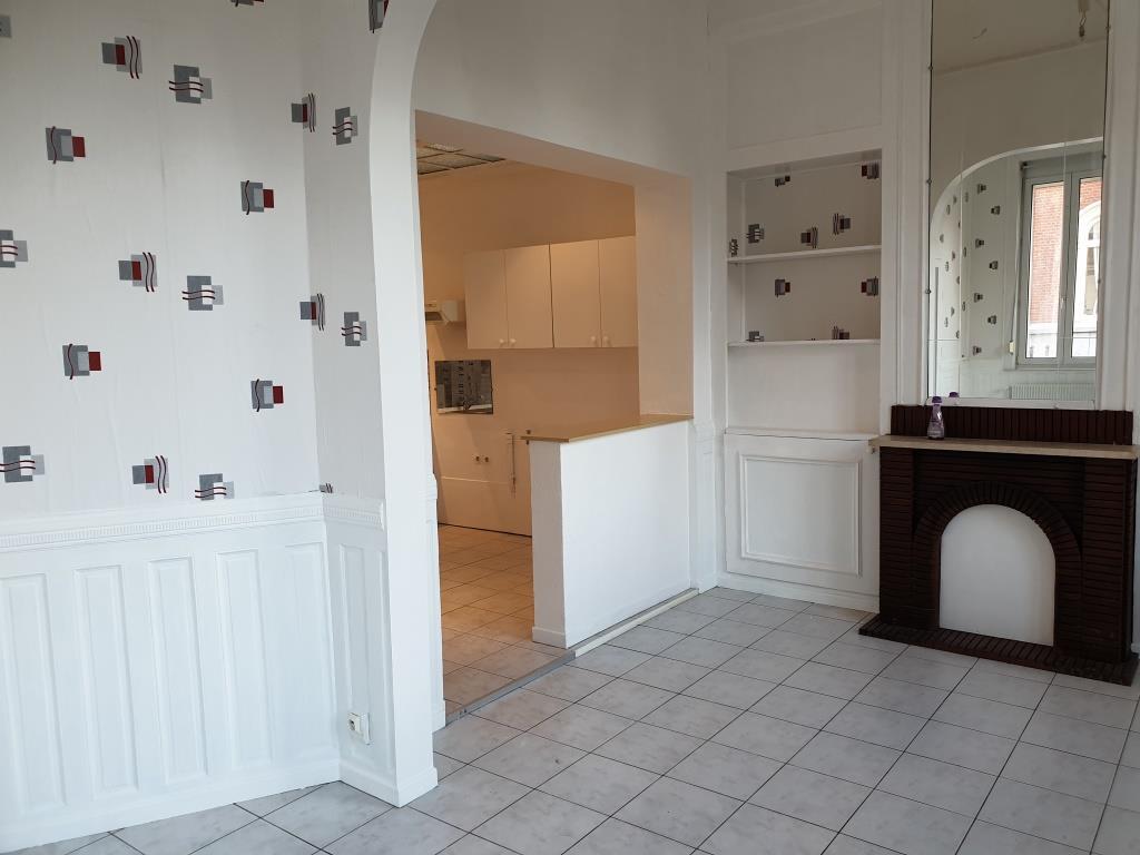 De particulier à particulier, maison à Armentières, 100m²