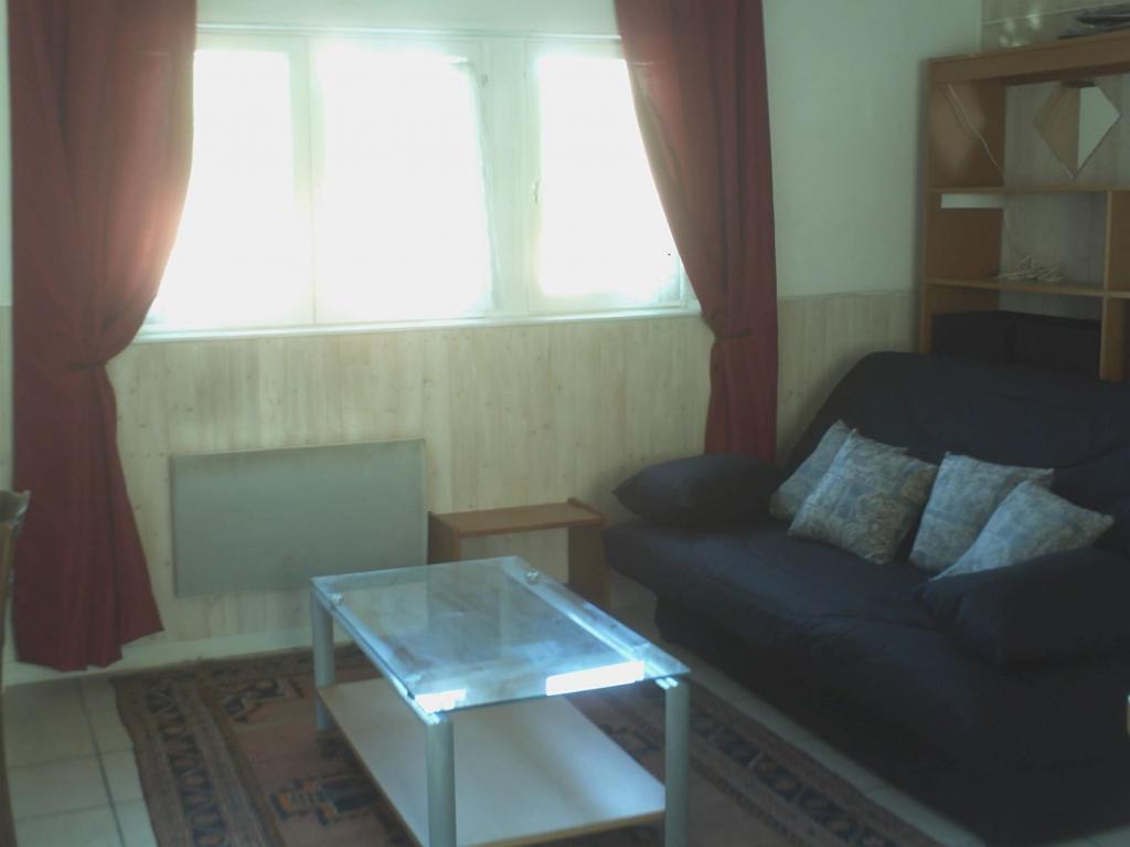 Location immobilière par particulier, Tassin-la-Demi-Lune, type studio, 24m²