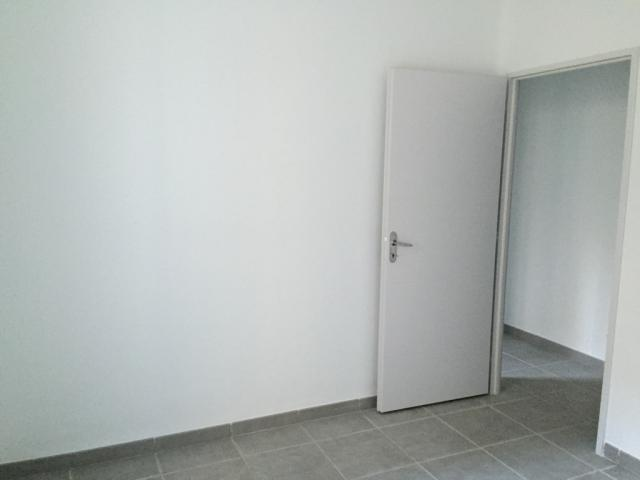 Location appartement T3 Salon de Provence - Photo 4