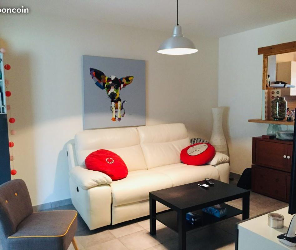 Location particulier à particulier, maison à Floure, 90m²