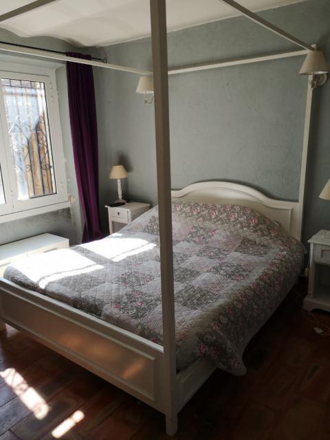 location 4 pi ces meubl sans vis vis la colle sur. Black Bedroom Furniture Sets. Home Design Ideas