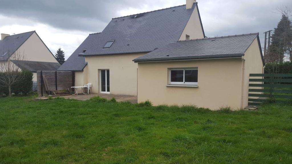 Appartement particulier à Saint-Brieuc-de-Mauron, %type de 154m²
