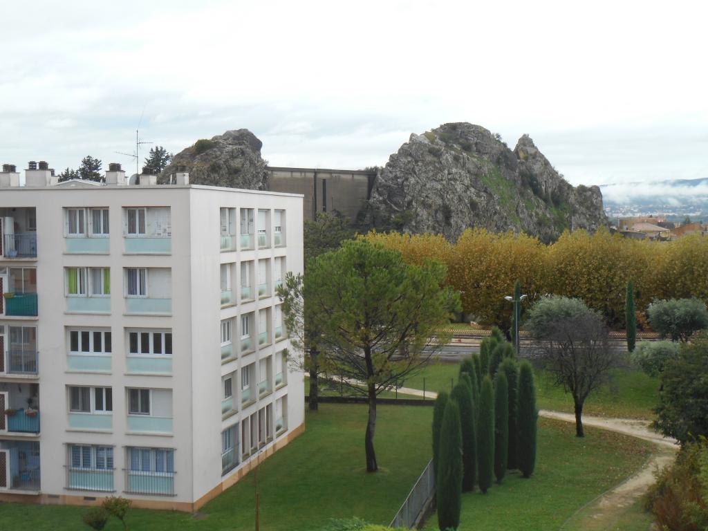 De particulier à particulier La Garde-Adhémar, appartement appartement de 57m²