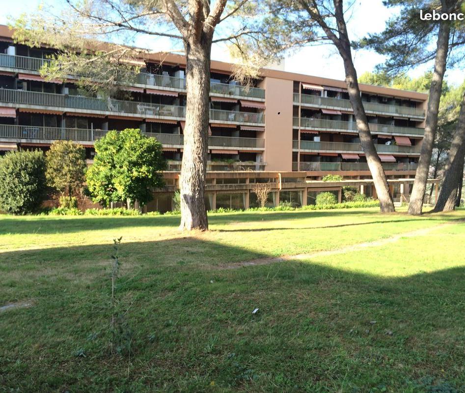 Location appartement entre particulier Spéracèdes, de 25m² pour ce appartement