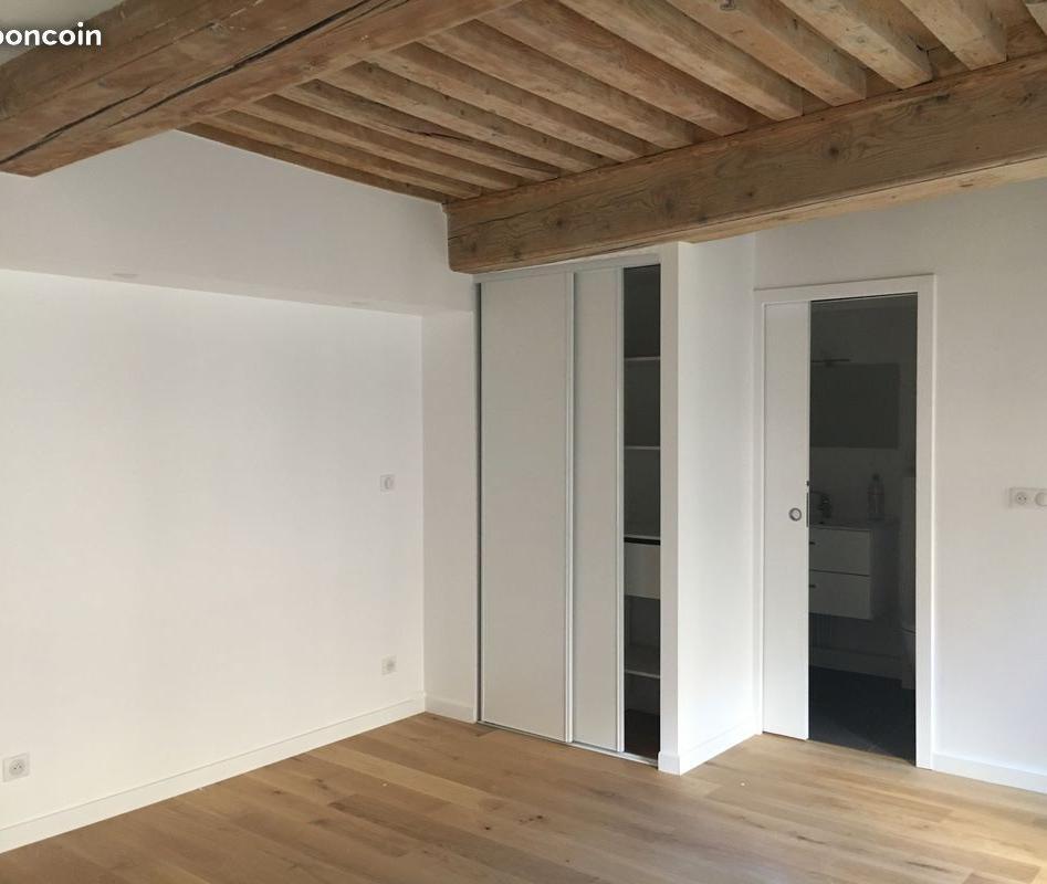 Location appartement entre particulier Lyon 01, studio de 28m²