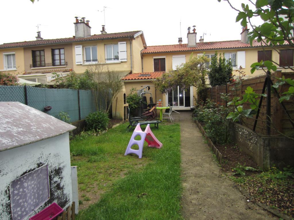 De particulier à particulier , maison, de 80m² à Poitiers