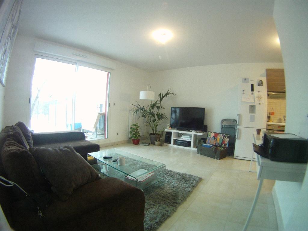 De particulier à particulier, appartement à Combaillaux, 42m²