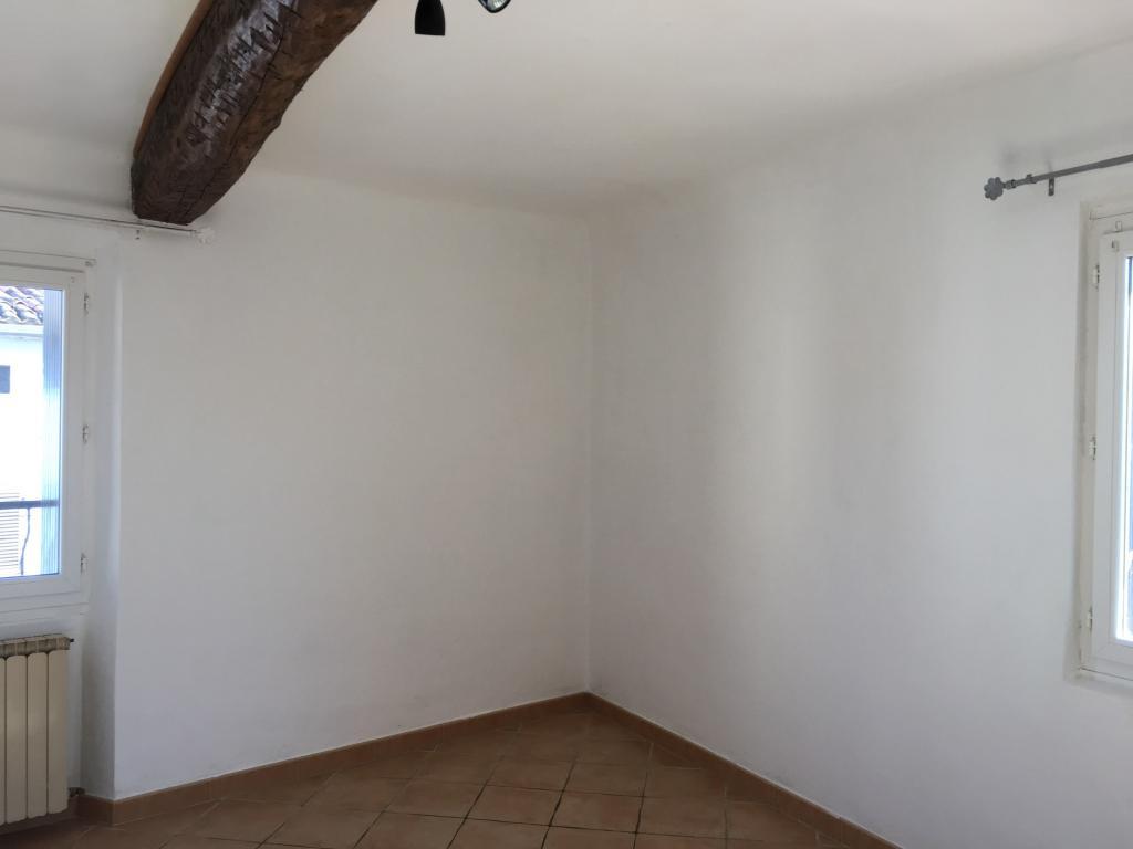 Particulier location, maison, de 61m² à Solliès-Toucas