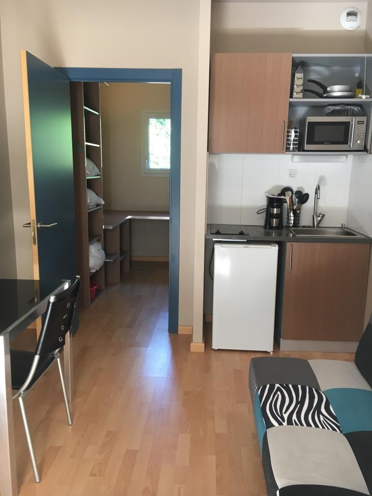 Location appartement par particulier, studio, de 16m² à Tarbes