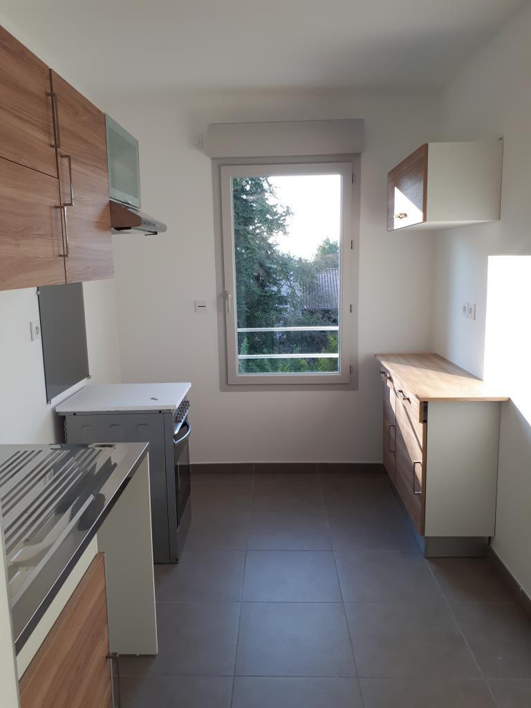 Location immobilière par particulier, Quincieux, type appartement, 46m²