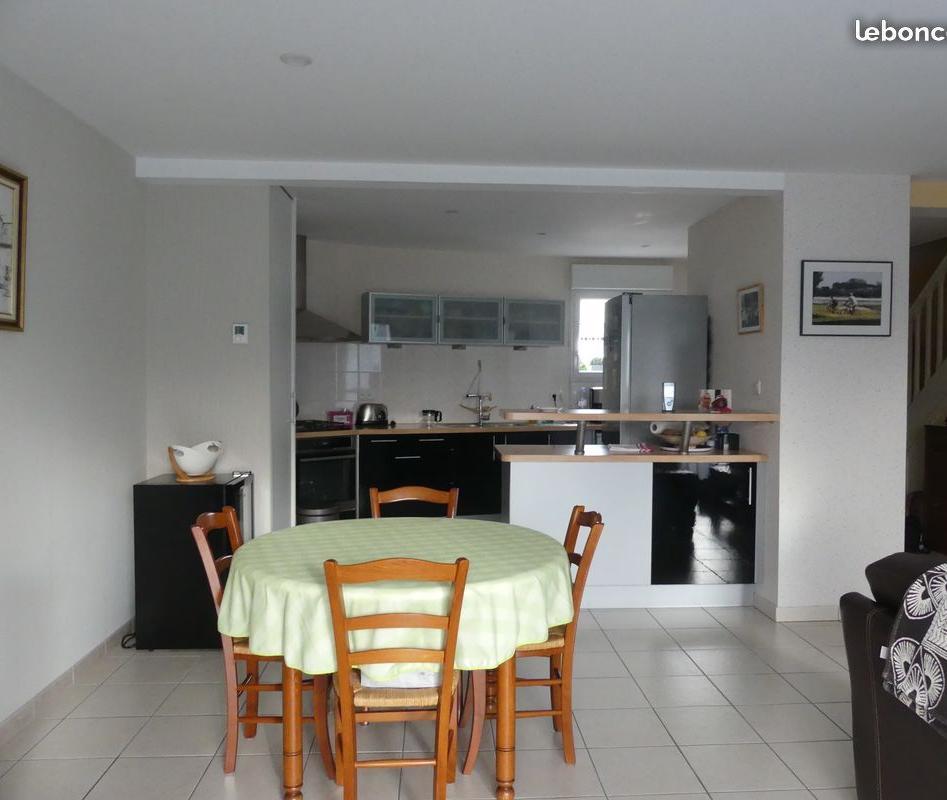 Location appartement par particulier, maison, de 94m² à Fontaine-Milon