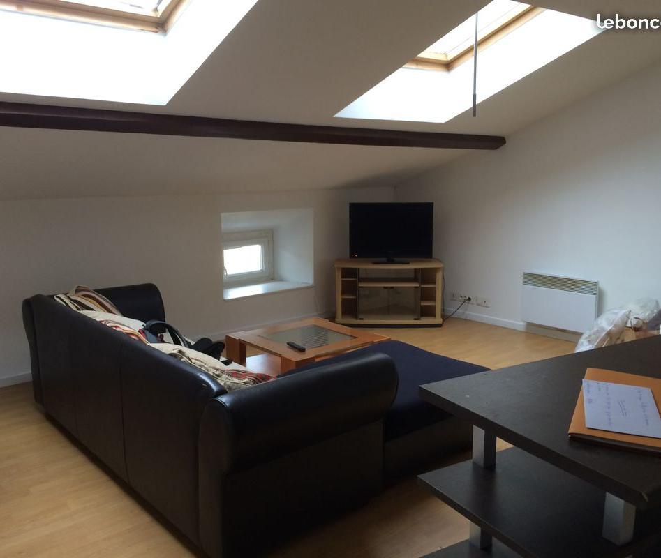 Particulier location Châteauvilain, appartement, de 49m²