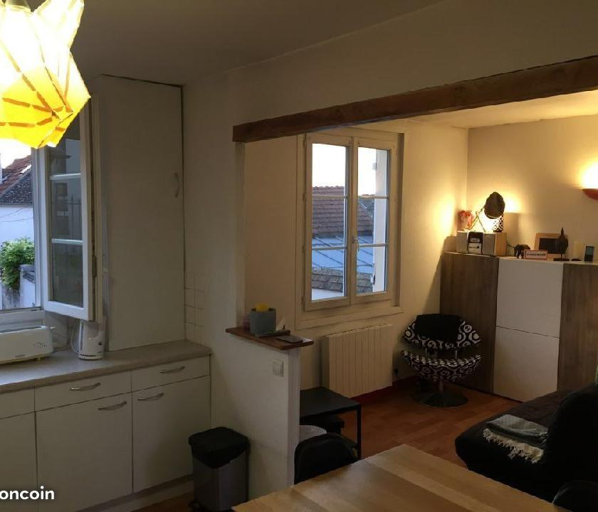 Location appartement entre particulier Vineuil-Saint-Firmin, appartement de 30m²