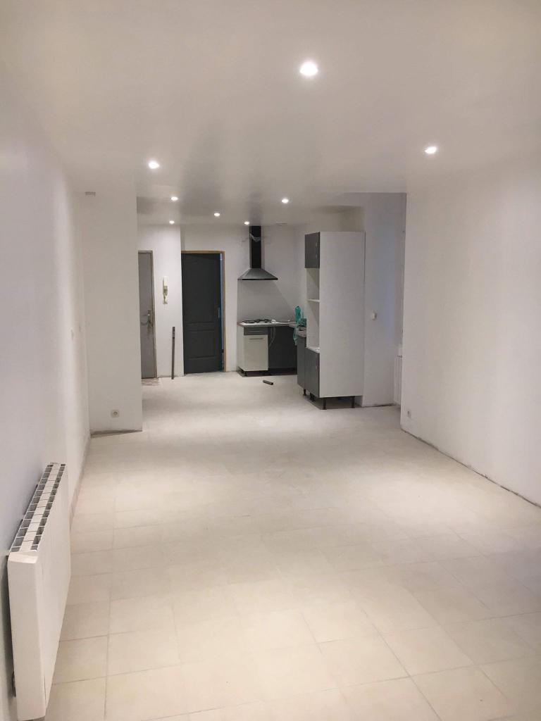 Particulier location, appartement, de 60m² à Valvignères