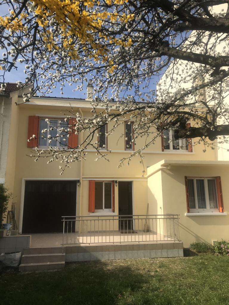Appartement particulier, studio, de 35m² à Vitry-sur-Seine