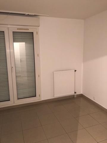Particulier location Villeneuve-la-Garenne, appartement, de 75m²