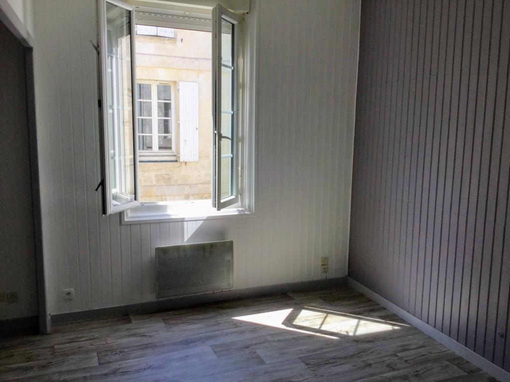 Particulier location Rochefort, appartement, de 40m²