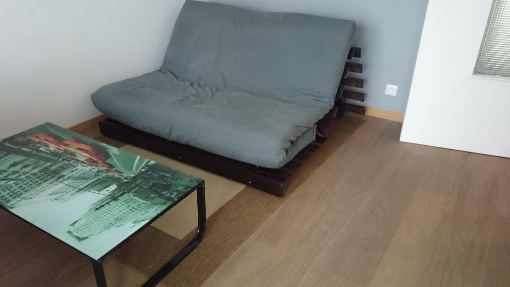 De particulier à particulier, studio, de 26m² à Le Bourget
