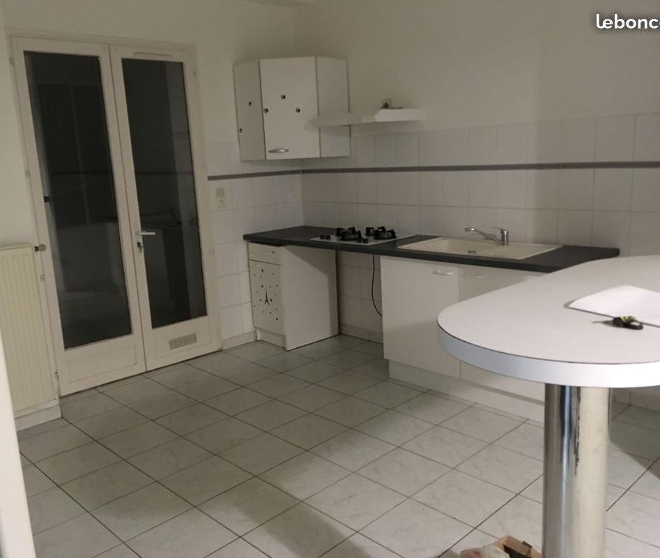 Location particulier à particulier, maison à Cholet, 75m²