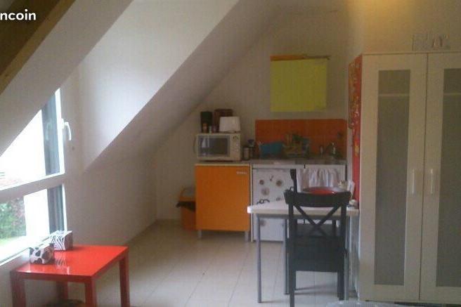 Particulier location, studio, de 20m² à Bruz