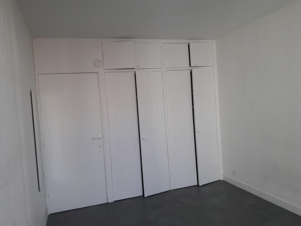 De particulier à particulier Paris 15, appartement studio, 20m²