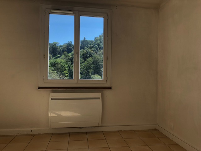Location appartement T3 Sallenoves - Photo 2