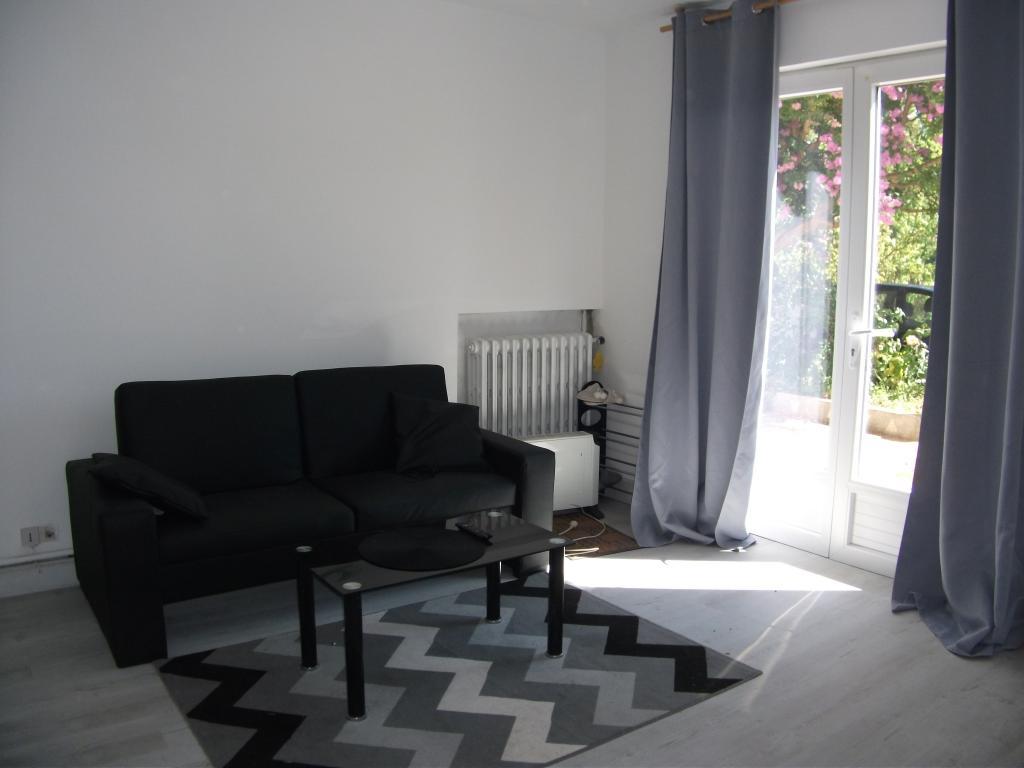 Location particulier à particulier, appartement, de 60m² à Saint-Ciers-sur-Gironde