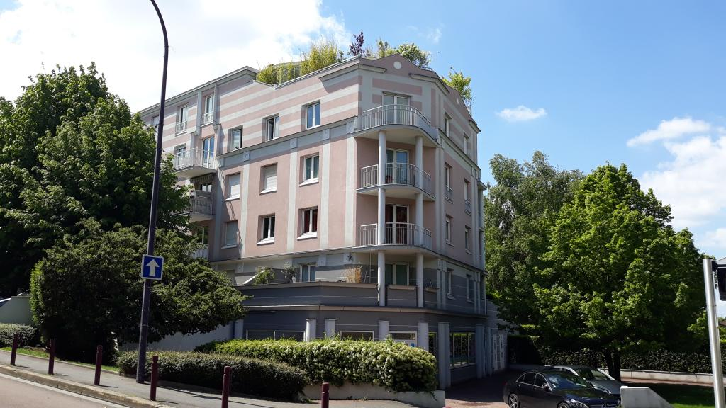Location immobilière par particulier, L'Hay-les-Roses, type appartement, 67m²