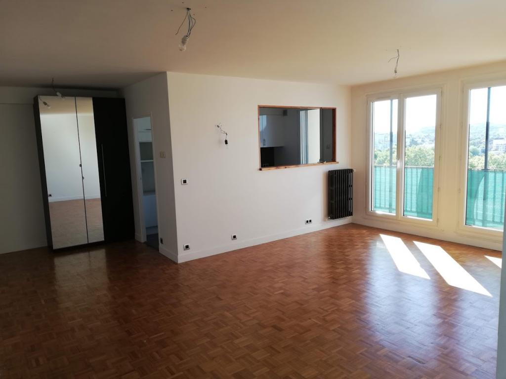 Appartement particulier, appartement, de 69m² à Épinay-sur-Seine