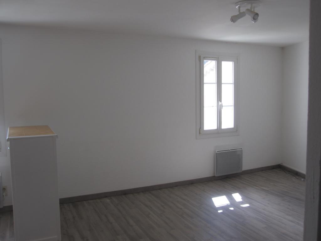 Particulier location, appartement, de 38m² à Trans-en-Provence