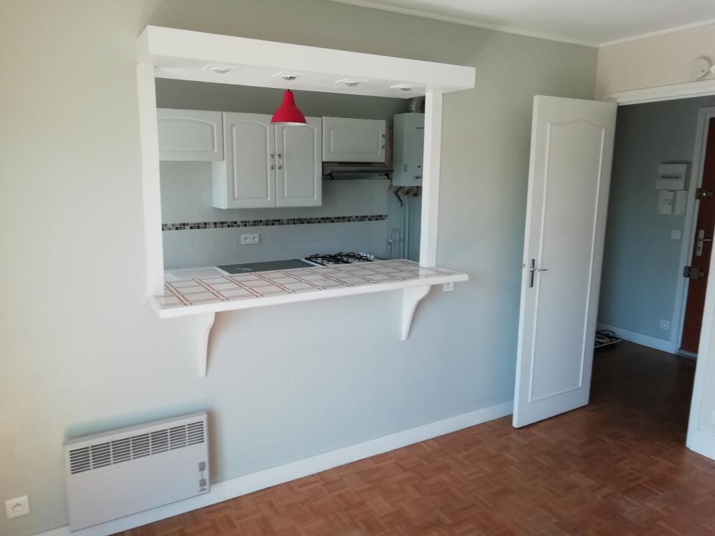 Location appartement entre particulier Rueil-Malmaison, studio de 30m²
