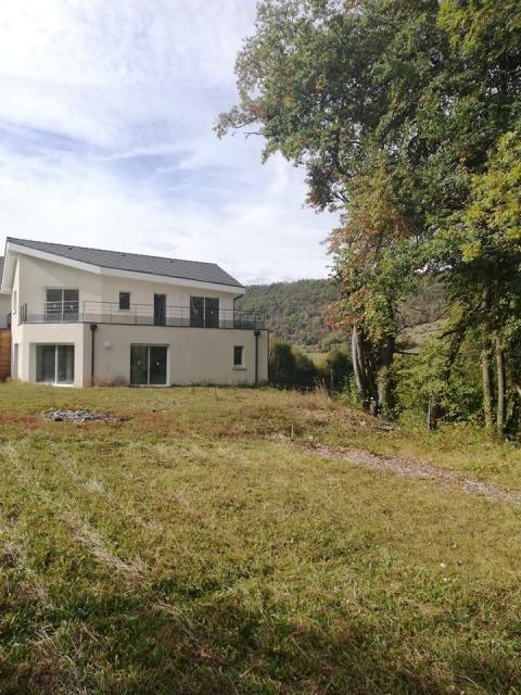 Location maison F4 St Martin d'Uriage - Photo 1