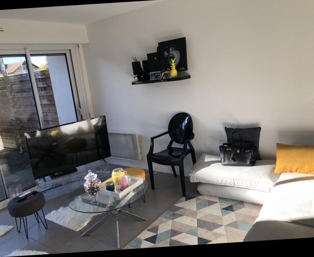 Location particulier, appartement, de 40m² à Machilly