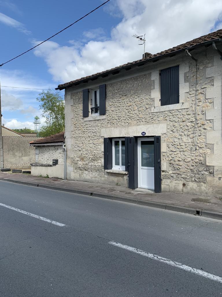 Location particulier à particulier, maison, de 100m² à Saint-Sulpice-de-Roumagnac