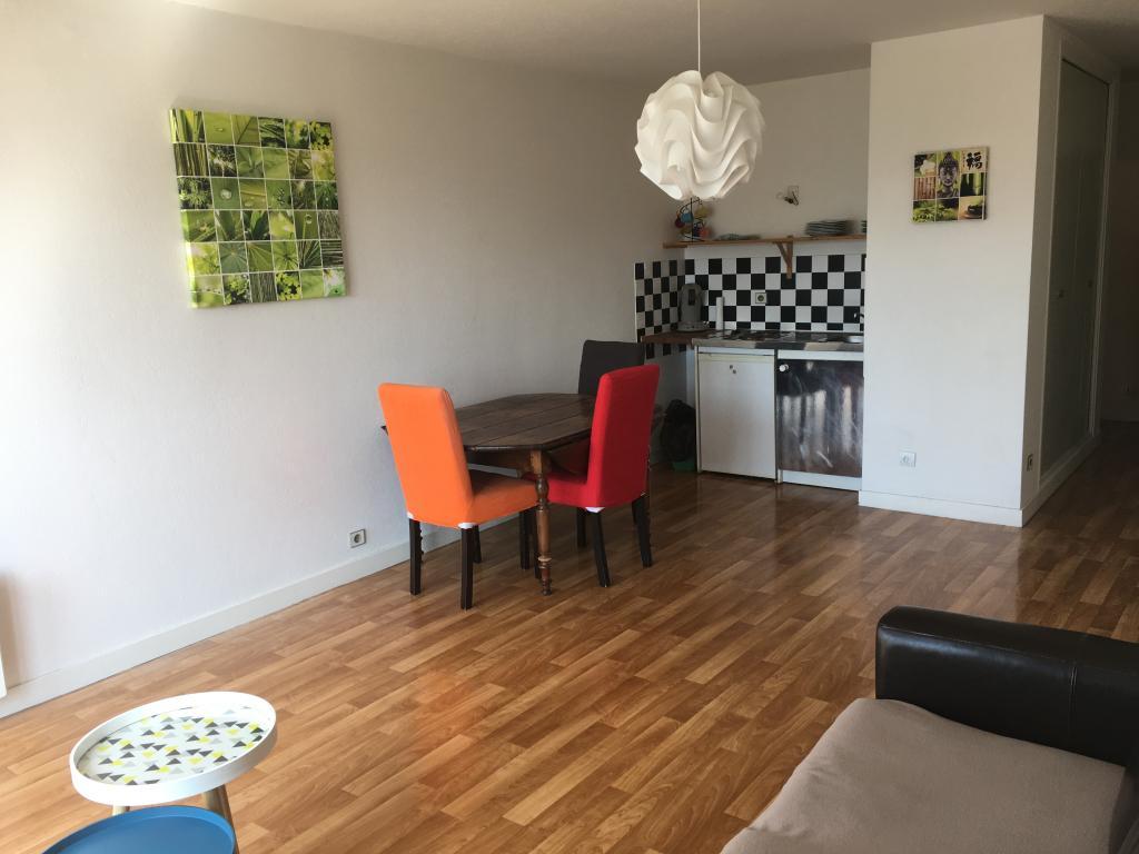 Location appartement entre particulier Lorient, studio de 32m²