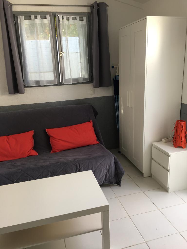 Location appartement entre particulier Sanary-sur-Mer, studio de 20m²
