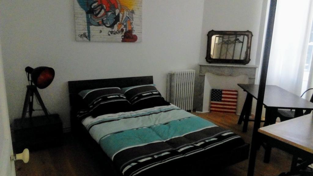 De particulier à particulier Toulon, appartement chambre de 15m²