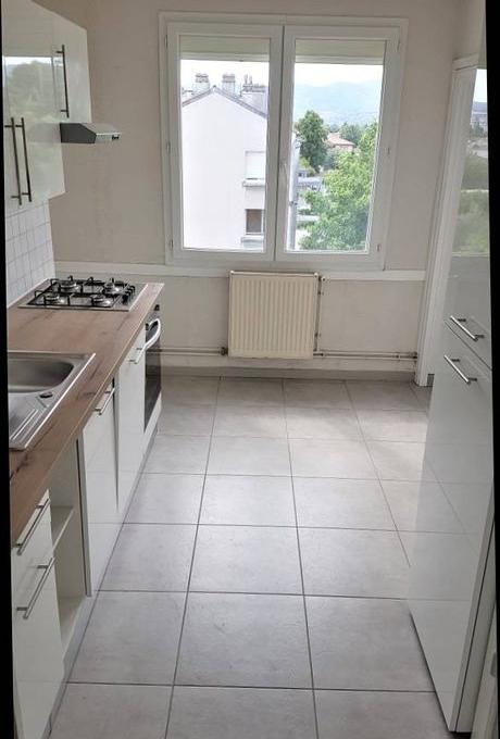 De particulier à particulier, appartement à Montélimar, 65m²