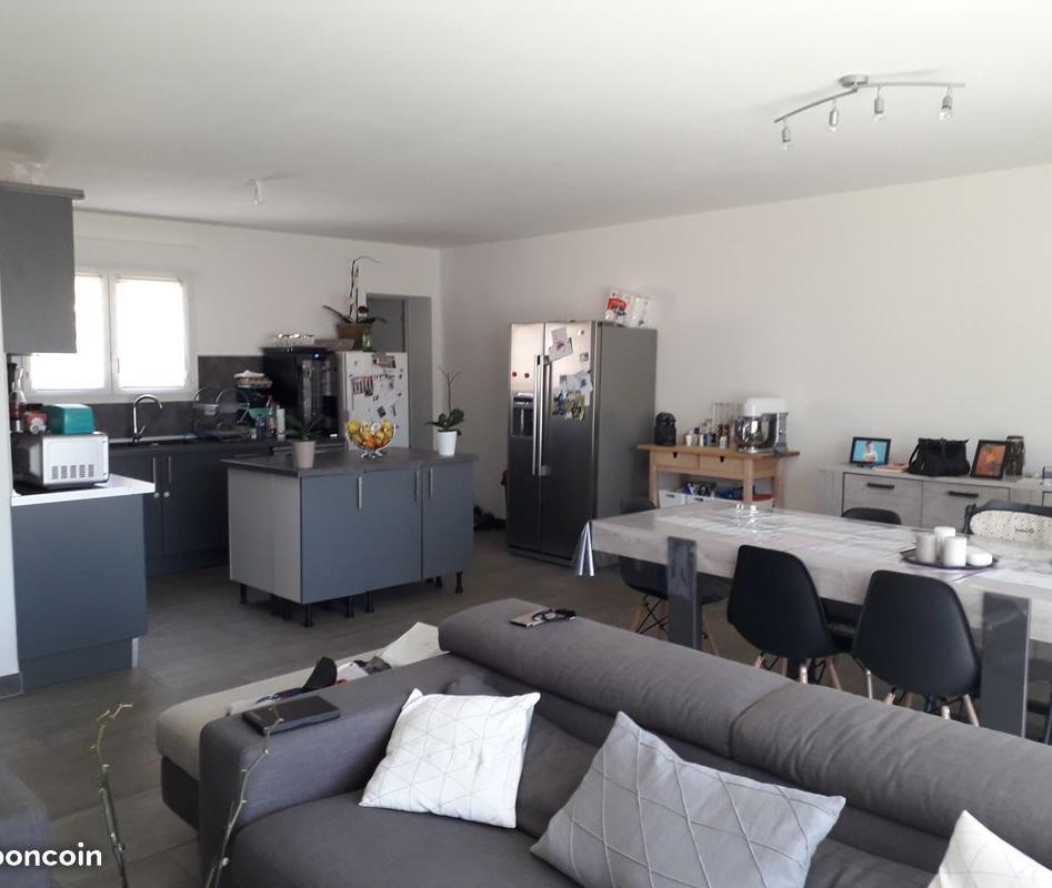 Location immobilière par particulier, Arles, type maison, 90m²