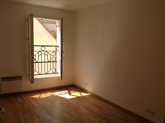 Location appartement T2 Corbeil Essonnes - Photo 4