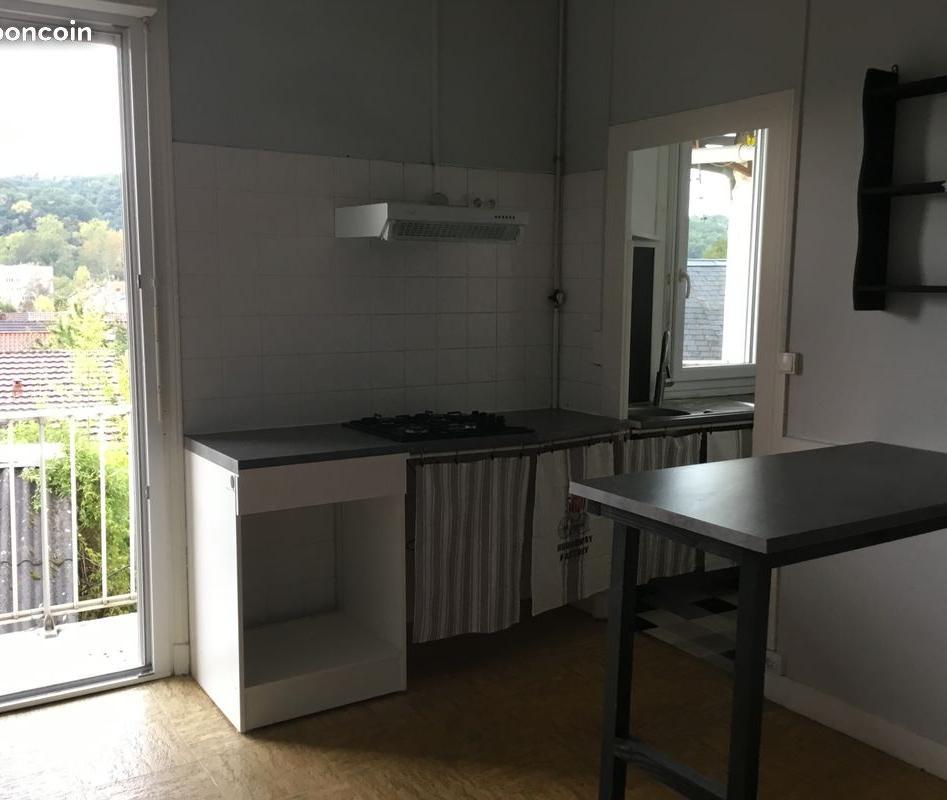 logement lyc e jay de beaufort perigueux 44 offres de. Black Bedroom Furniture Sets. Home Design Ideas