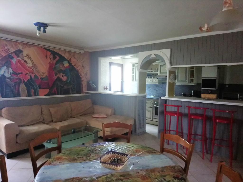 Location particulier à particulier, appartement, de 90m² à Santa-Maria-di-Lota
