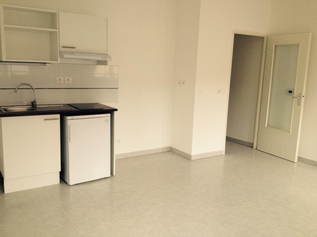 De particulier à particulier Miramas, appartement appartement, 28m²