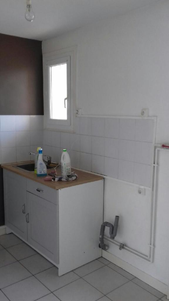 Location particulier à particulier, appartement, de 44m² à Villerest