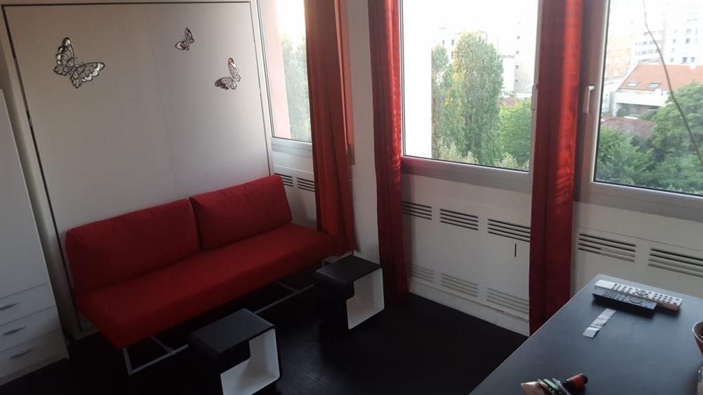 De particulier à particulier Vanves, appartement studio de 24m²