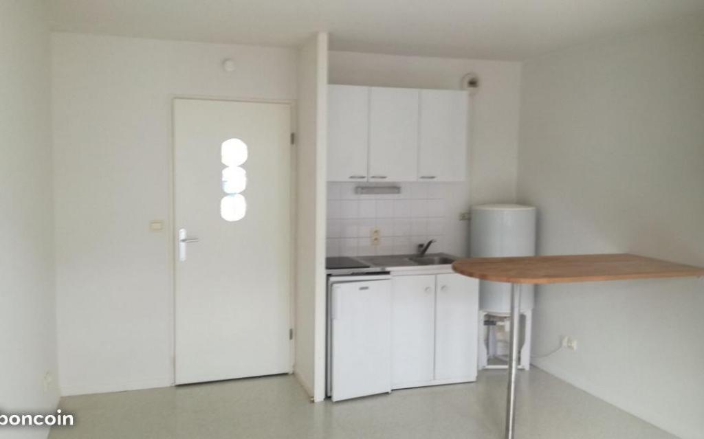 Location de particulier à particulier à Amiens, appartement studio de 25m²
