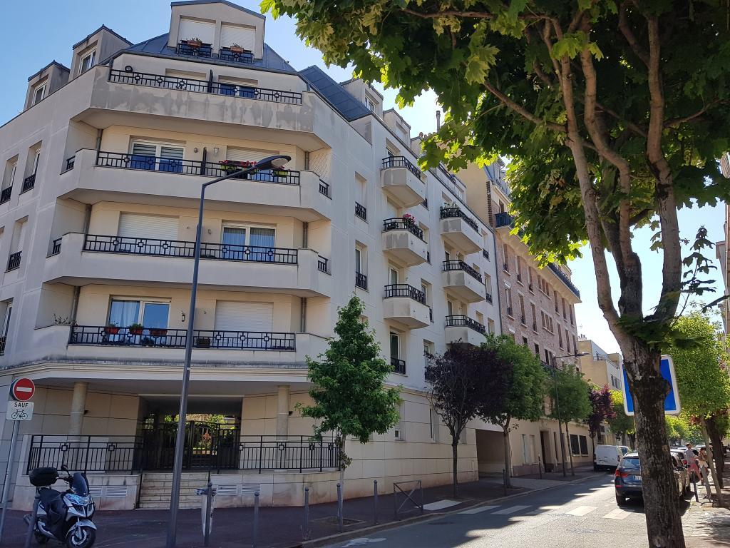Location appartement par particulier, studio, de 17m² à Issy-les-Moulineaux