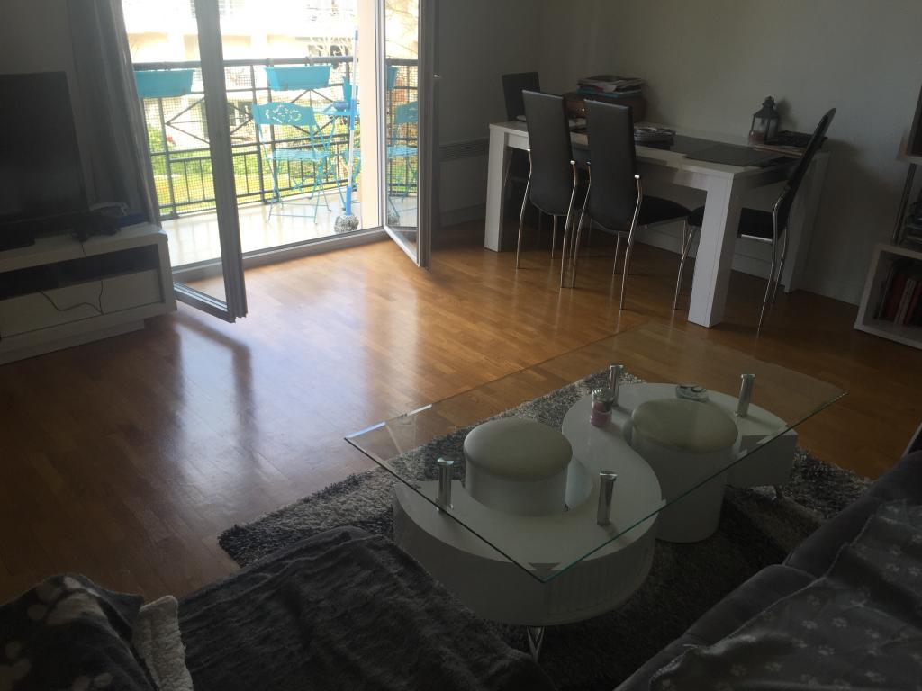 Location immobilière par particulier, Poissy, type appartement, 50m²