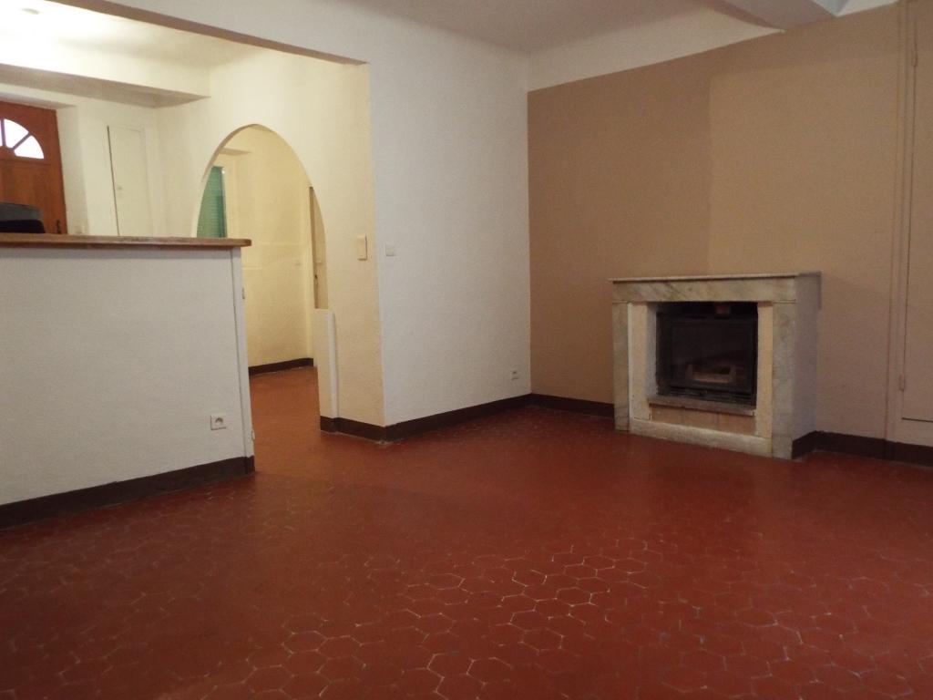 Location particulier à particulier, appartement, de 83m² à Entrecasteaux