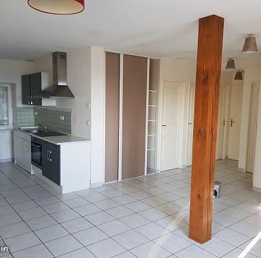 Location particulier Saint-Jean-d'Ardières, appartement, de 80m²
